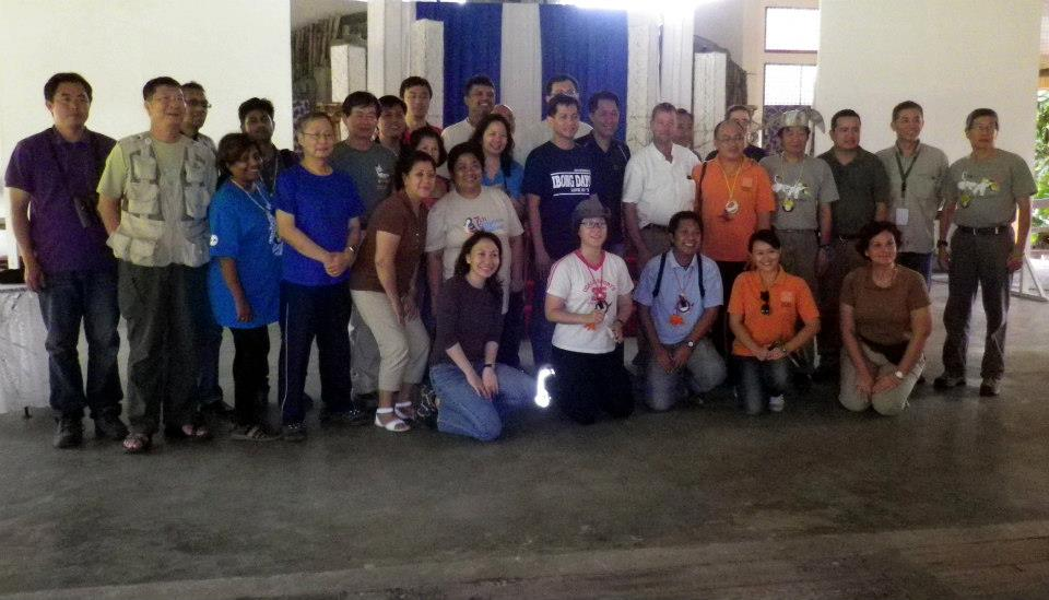 WBCP members and PBF participants pose with Balanga City Mayor Joet Garcia. Photo from Tinggay Cinco.