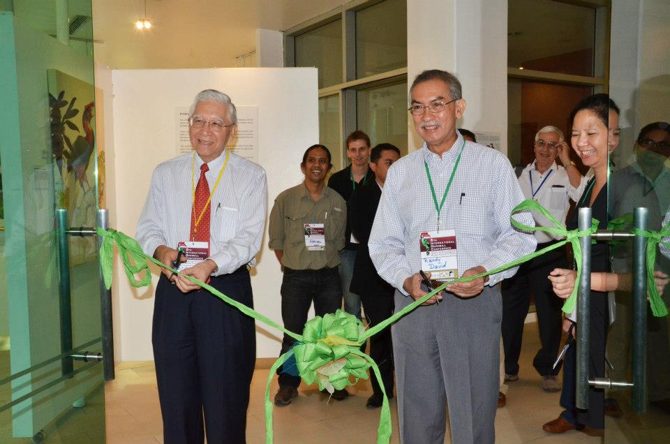 Opening of the Hornbill Exhibit at the Ayala Museum. Cutting the ribbon are Dr. Woraphat Arthayukti and Mr. Randy David. Photo by Marites Falcon.