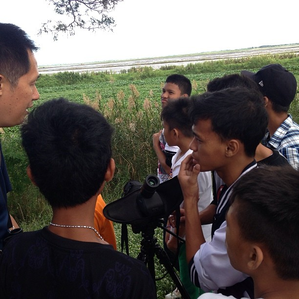 Mike Lu guiding participants from Boys Town in Candaba. Photo by Nielsen Donato
