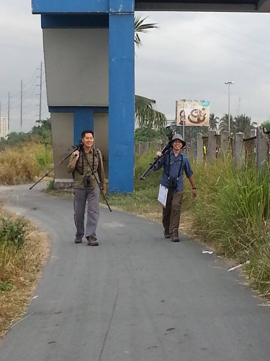 Mike Lu and Jon Javier walking from one count area to another. Photo by Anna Gonzales