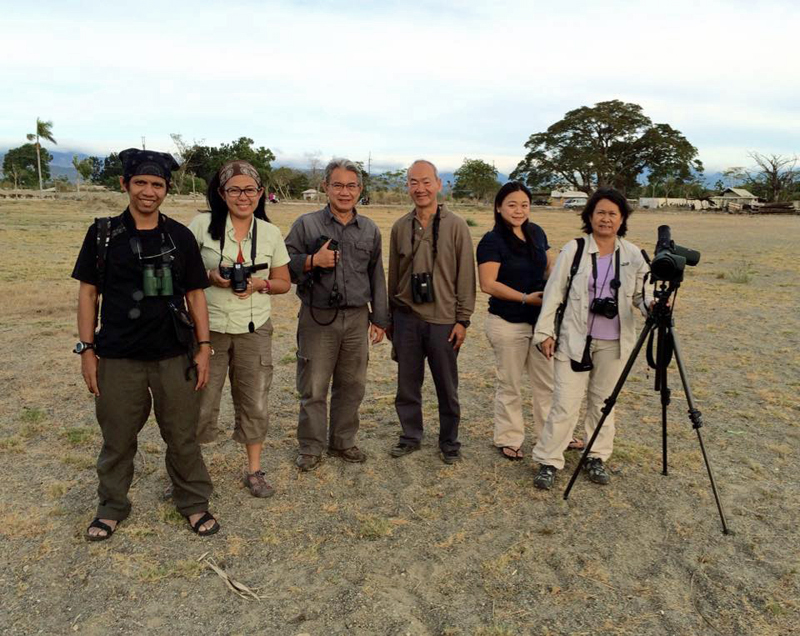 "This was our last group picture with the ""Lao-Wagtail Legend"" Richard Ruiz [Photo by Tere Cervero]"