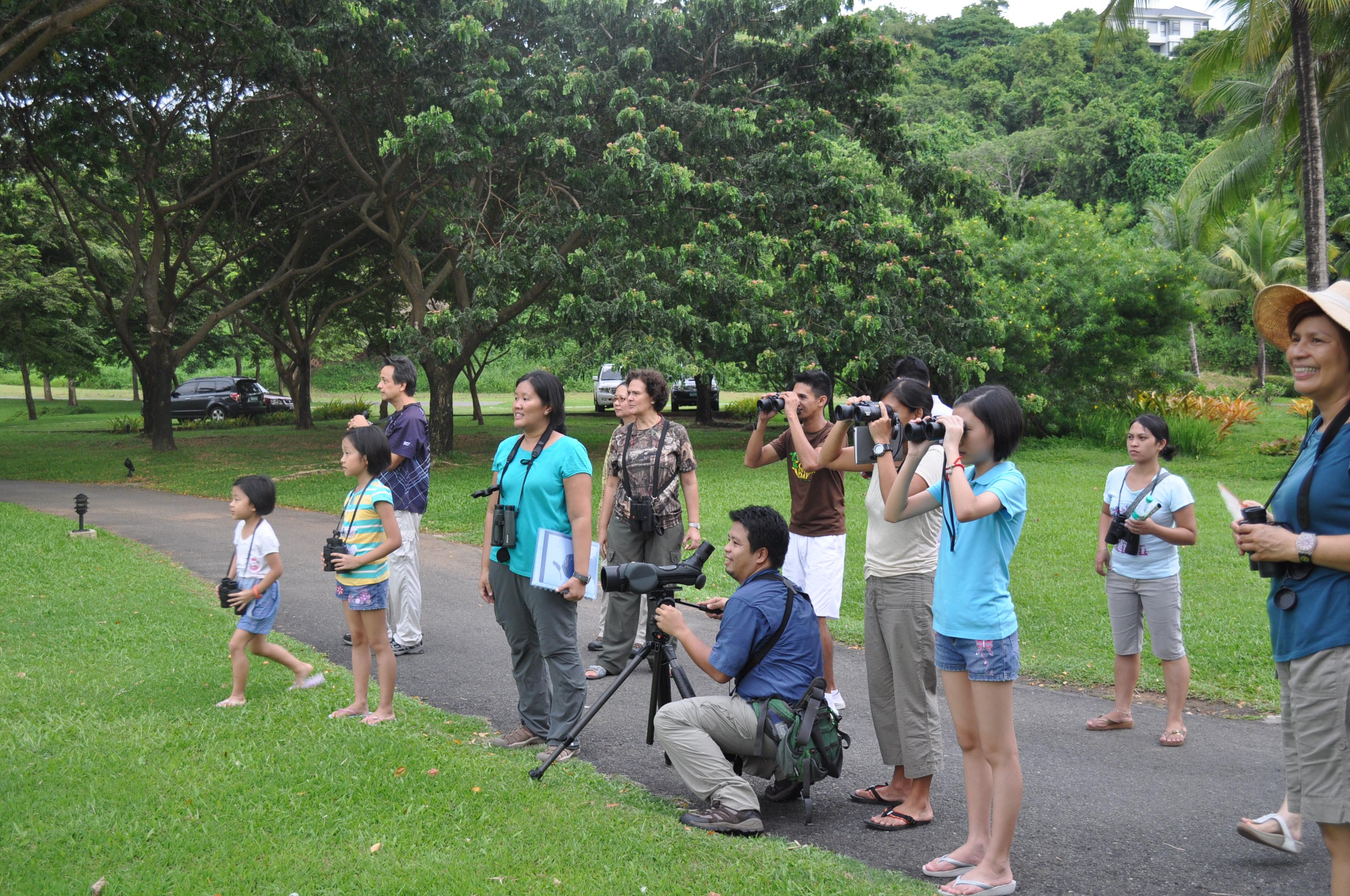 Regular birdwalks are held for Anvaya residents, guests, club members and staff. Photo by Raymond Sandoval