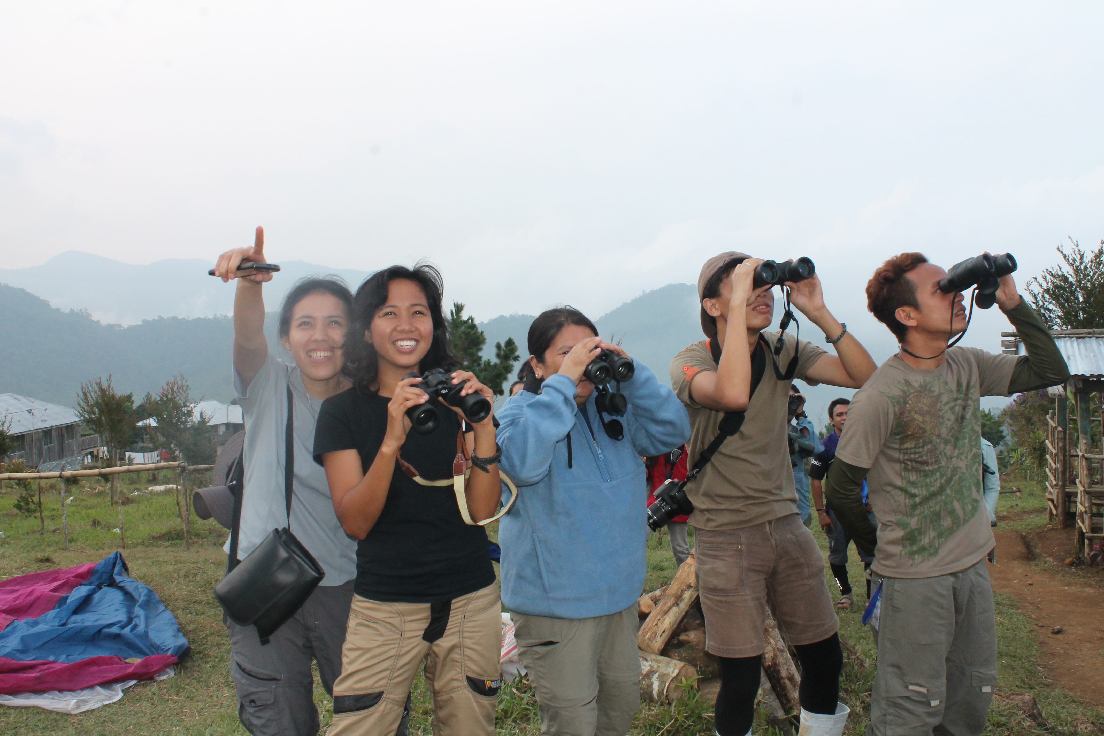 Raptorwatch! Spotting a kettle of 32 Chinese Sparrowhawks. Photo by Trinket Constantino.
