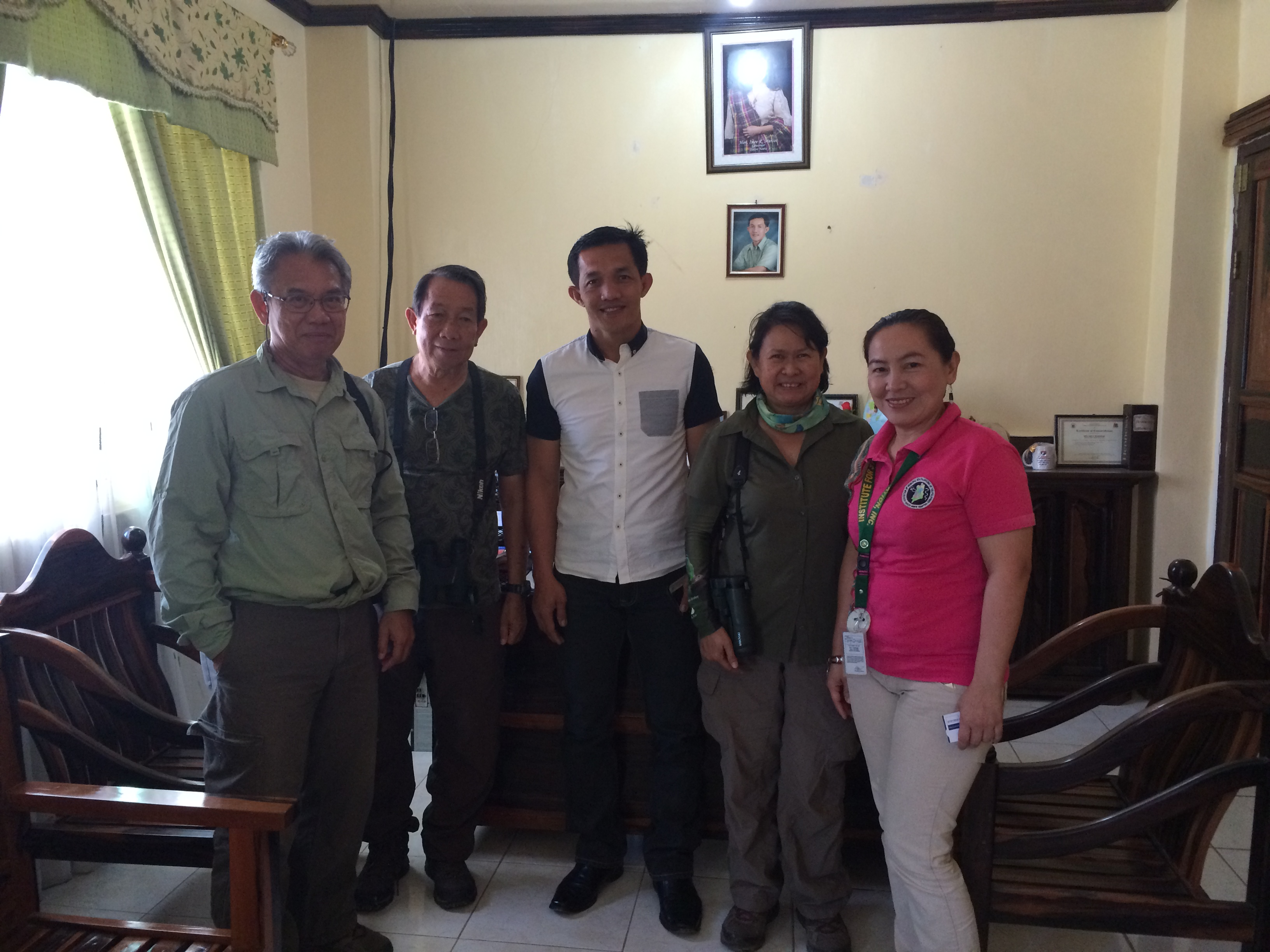 Alex, Jude, and Tere meeting with Mayor Eric Bawigan of Adams and his wife cum Adams Health Officer Dr. Bielma Waley-Bawigan to get cooperation regarding raptorwatch.